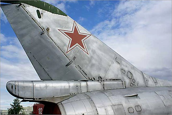 Silver paint scheme on a Mikoyan-Gurevich MiG-23 Flogger jet fighter tail