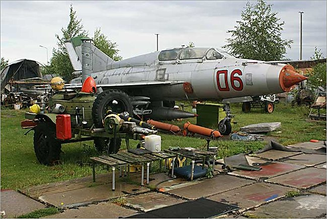 Mikoyan-Gurevich MiG-21US Fishbed jet fighter